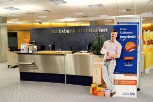 Fertige Standfigur in der Volksbank
